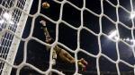 Donnarumma salvó a AC Milan con espectacular atajada en la última jugada - Noticias de sami khedira