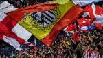 En contra del nuevo escudo y estadio: la reacción de los hinchas del Atlético - Noticias de madrid enrique cerezo