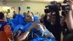 ¡Emocionante! Neto fue recibido como héroe en hospital de Chapecó [VIDEO] - Noticias de fe y alegria